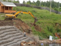 Канал лишился лестницы к последним воротам и тропы.